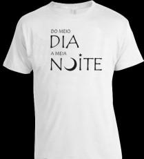 Camiseta Estilizada do Meio-Dia a Meia-Noite